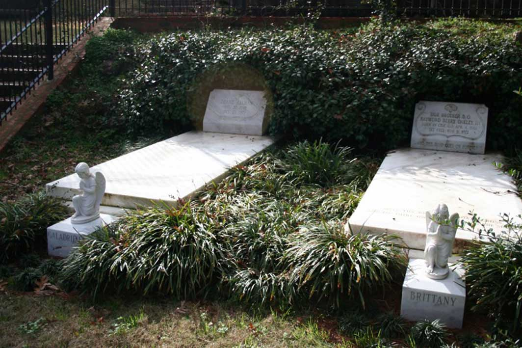 Buried Here Gregg Allman Duane Allman And Berry Oakley